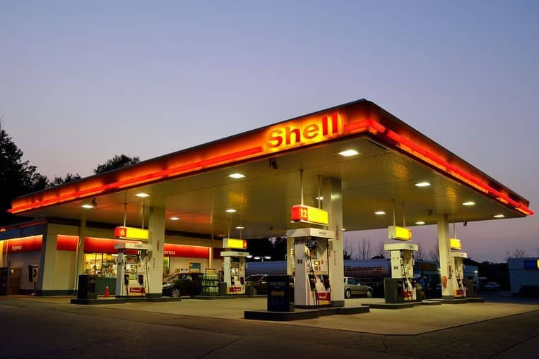 investing in oil shares